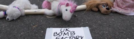 Blocage d'une fabrique de bombes nucléaires (UK) - Photos / Récit